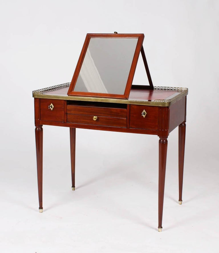 Multifunctional Table, Dressing, Chess, Writing Desk, Mahogany, 19th Century In Good Condition For Sale In Greven, DE