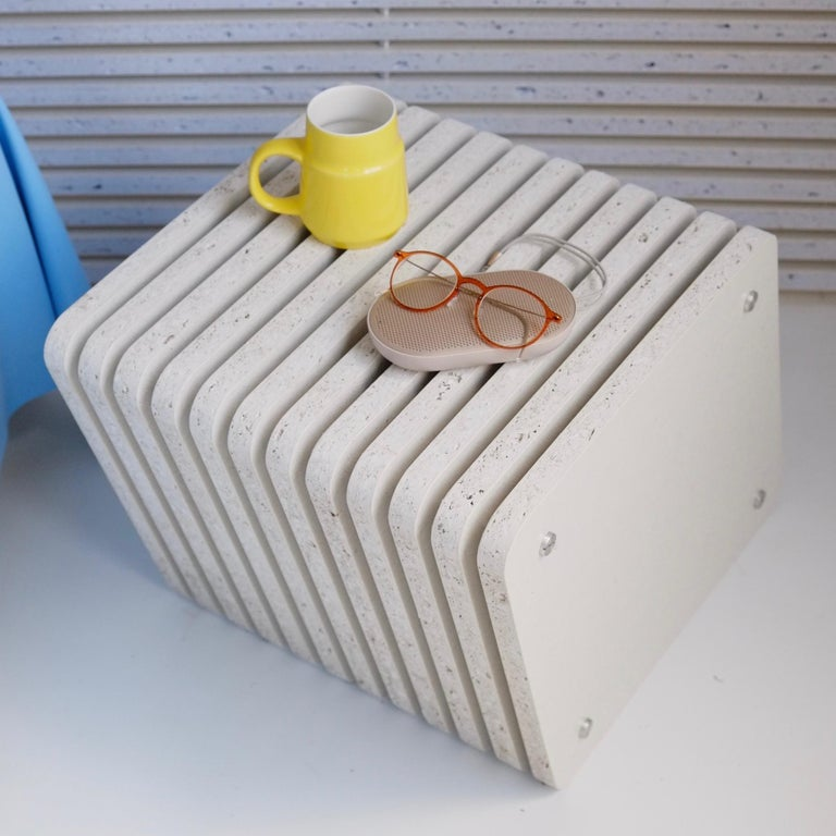 English Sustainable White Side End Table made in Aluminium & Recycled Plastic - Jää Cube For Sale