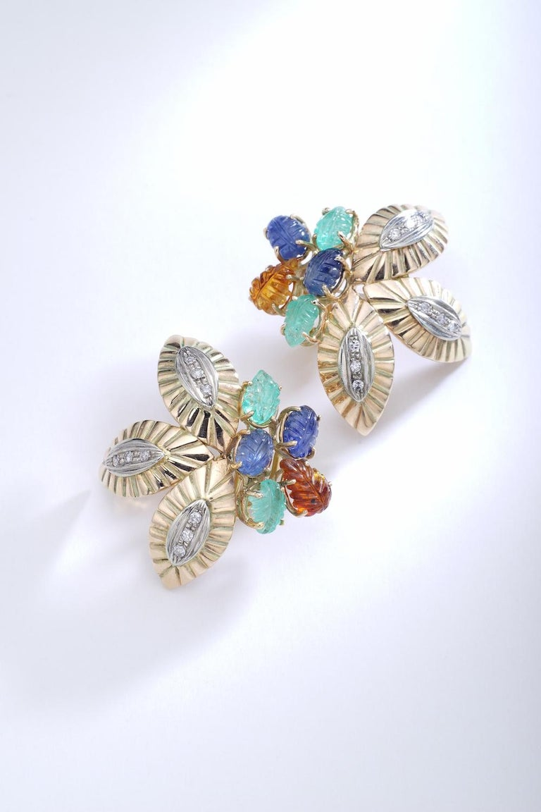 Art Deco Multigem Engraved Leaves Yellow and White Gold Earrings Earclips For Sale