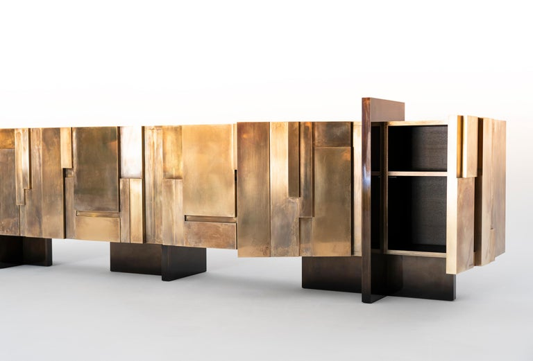 MUR, 21st Century Unique Contemporary Brass Large Freestanding Sideboard In New Condition For Sale In Luxembourg, LU