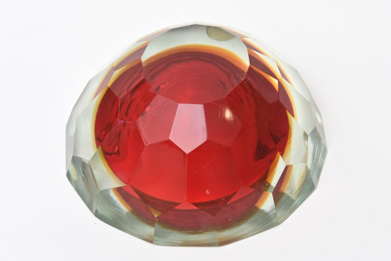 Murano Alessandro Mandruzzato Faceted Geode Red Glass Bowl or Caviar Bowl For Sale 3