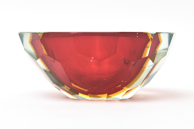 Late 20th Century Murano Alessandro Mandruzzato Faceted Geode Red Glass Bowl or Caviar Bowl For Sale