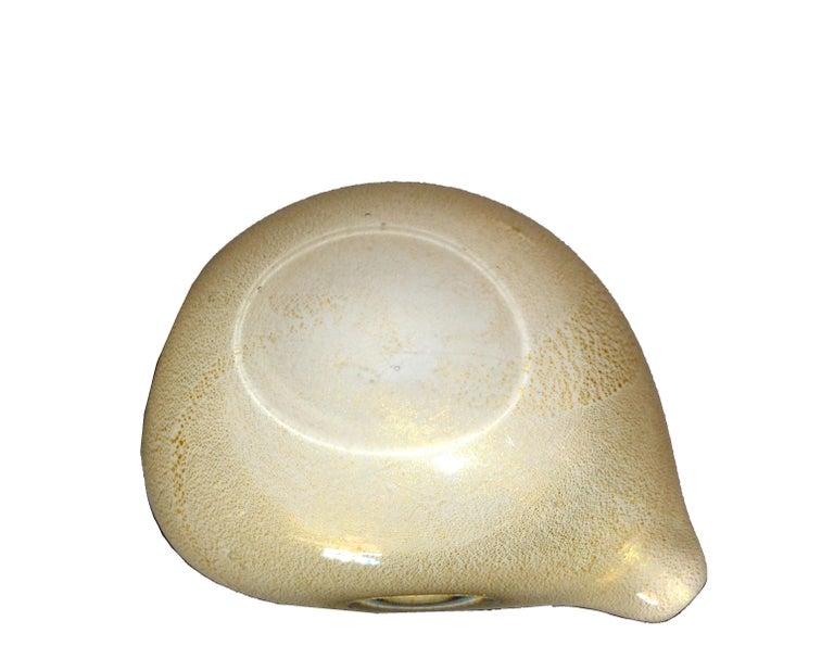Gold Leaf Murano Art Glass Beige & Gold Flecks Catchall, Bowl Inspired by Alfredo Barbini For Sale