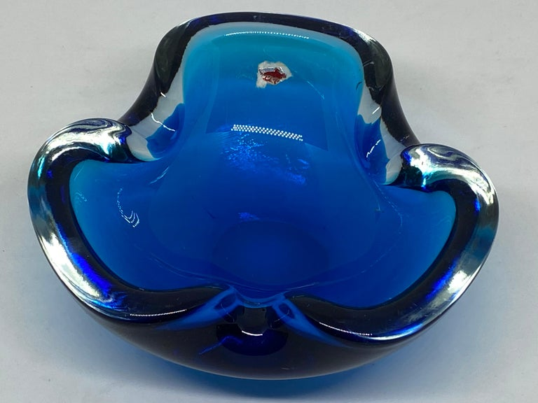 Murano Art Glass Bowl Catchall Blue and Clear Vintage, Italy, 1970s For Sale 2