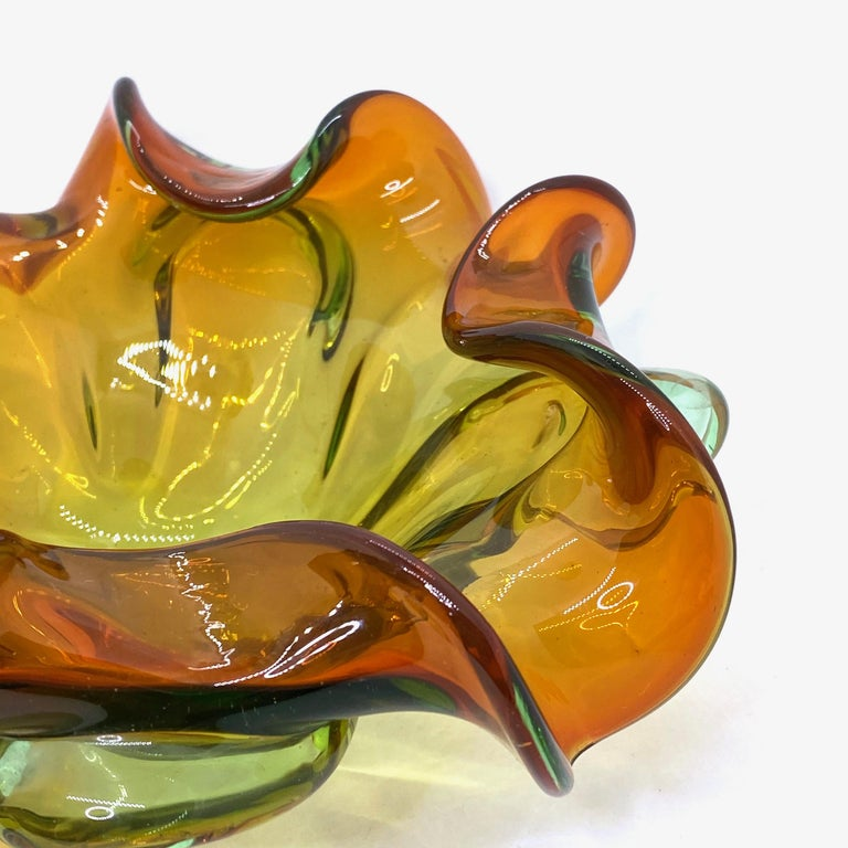 Italian Murano Art Glass Bowl Catchall green and brown, Vintage, Italy, 1970s For Sale