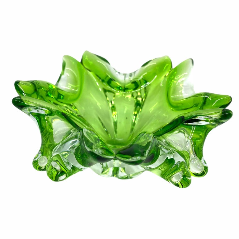 Mid-Century Modern Murano Art Glass Bowl Catchall Green and Clear Vintage, Italy, 1970s