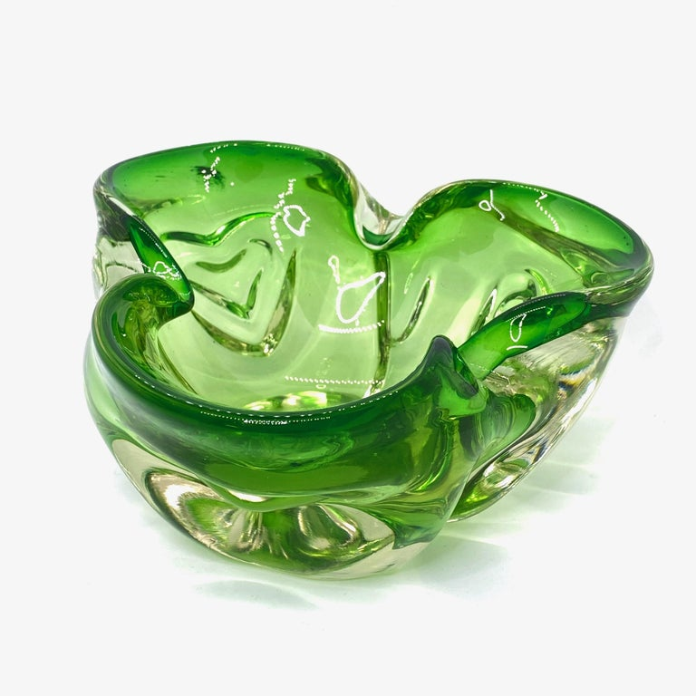 Italian Murano Art Glass Bowl Catchall green and clear, Vintage, Italy, 1970s For Sale