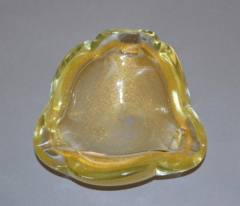 Murano Art Glass Gold Flecks Ashtray, Catchall, Bowl Italy For Sale 2