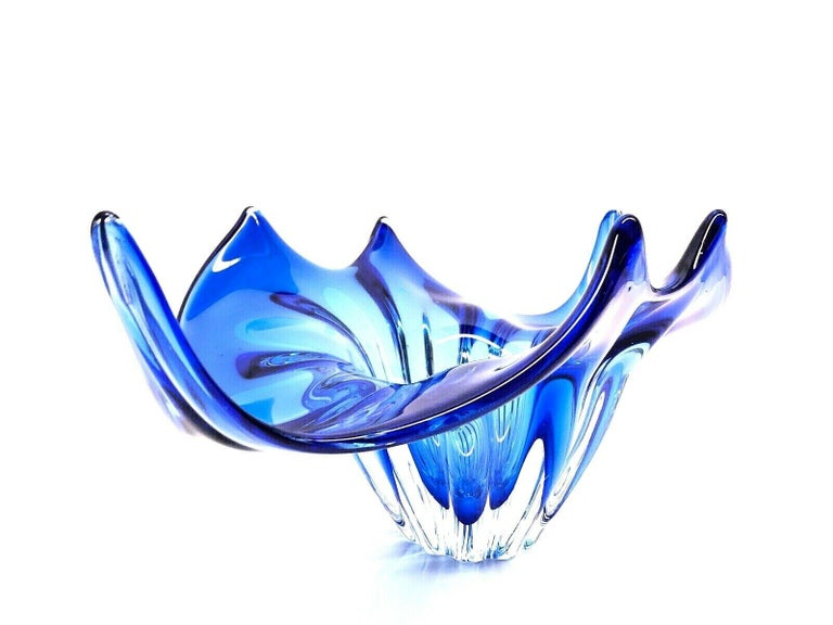 Late 20th Century Murano Art Glass Sommerso Bowl Catchall Royal Blue and Clear Vintage, Italy For Sale