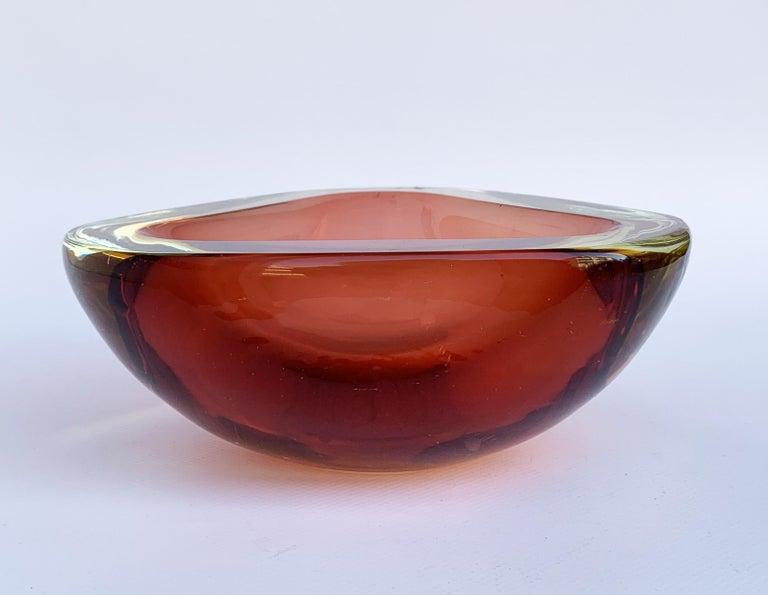 Murano ashtray, attributable to Flavio Poli, Vetro Sommerso. Amber, glass, Italy, 1960s.  No chipping.
