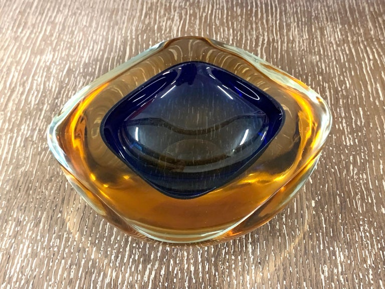 Mid-Century Modern Murano Ashtray or Bowl, Flavio Poli Submerged Glass Amber Blue, Italy, 1960 For Sale