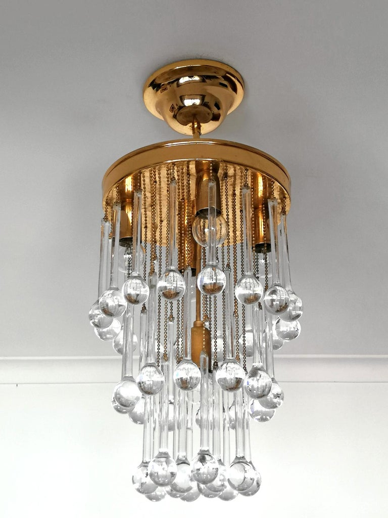 Hollywood Regency Murano Crystal Glass Drop Waterfall and Gilt Brass Venini Style Chandelier For Sale
