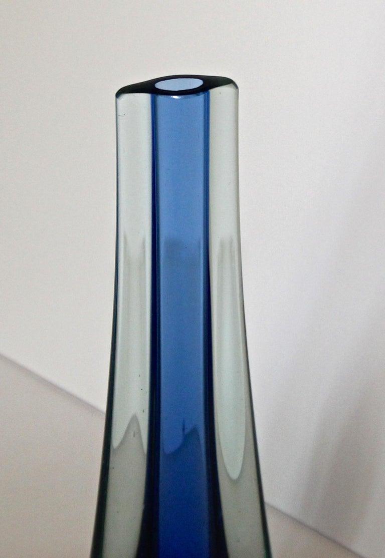 Murano Flavio Poli Seguso Blue Sommerso Glass Vetri d'Arte Teardrop Vase For Sale 1