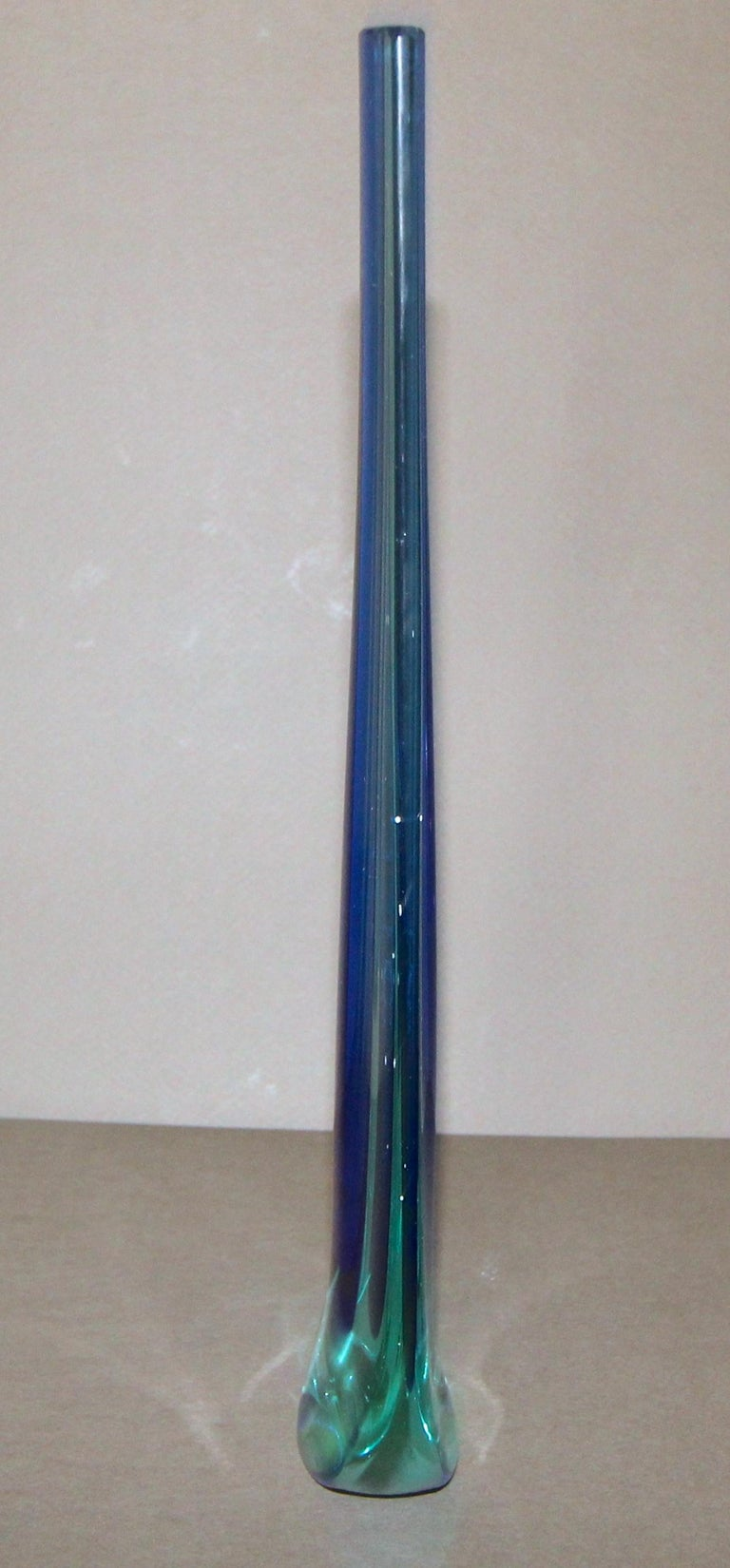 Murano Flavio Poli Seguso Blue Sommerso Glass Vetri d'Arte Teardrop Vase For Sale 3