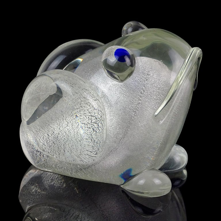 Beautiful, and cute vintage Murano hand blown silver flecks Italian art glass frog sculpture / figurine. Documented to the Gambaro & Poggi company. The frog has 2 labels underneath. One is a