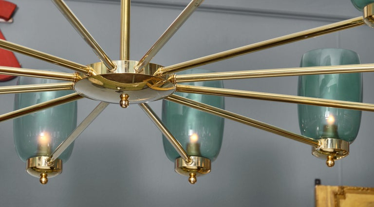 Murano Glass and Brass 12-Arm Chandelier For Sale 2