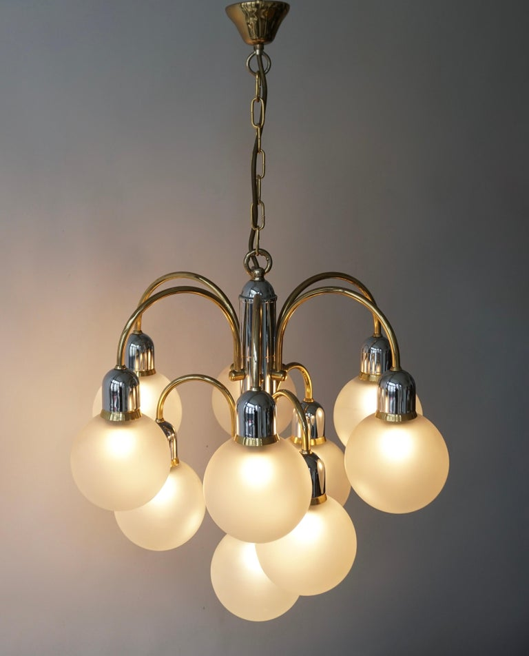 Murano Glass and Brass Chandelier For Sale 6