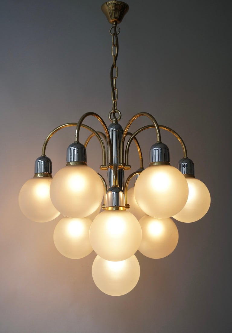 20th Century Murano Glass and Brass Chandelier For Sale