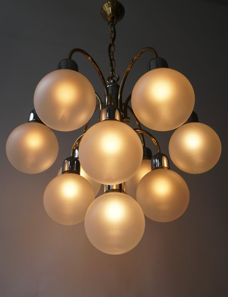 Murano Glass and Brass Chandelier For Sale 3