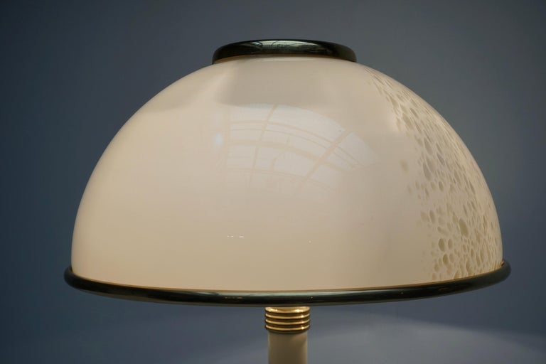 Murano Glass and Brass Floor Lamp For Sale 4