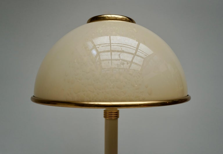 20th Century Murano Glass and Brass Floor Lamp For Sale
