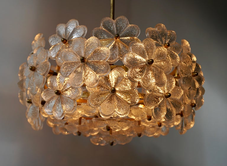 Murano Glass and Brass Flower Chandelier For Sale 2