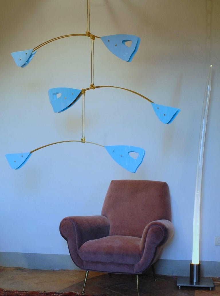 Murano Glass and Solid Brass Mobile Chandelier Sky Blue Glass Elements In Excellent Condition For Sale In Tavarnelle val di Pesa, Florence