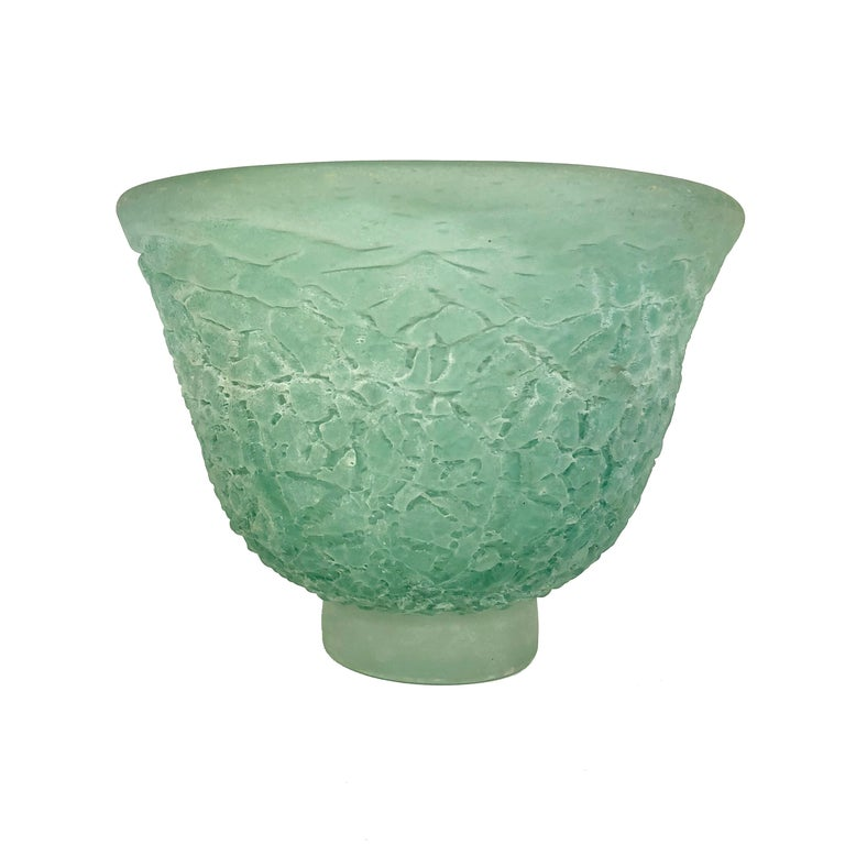 This absolutely gorgeous and monumental signed Italian Murano Cenedese sculptural handblown glass centre piece bowl is of the scavo technique. It is from the 1980s. The luscious color of the light turquoise mixed in with patches of light black or