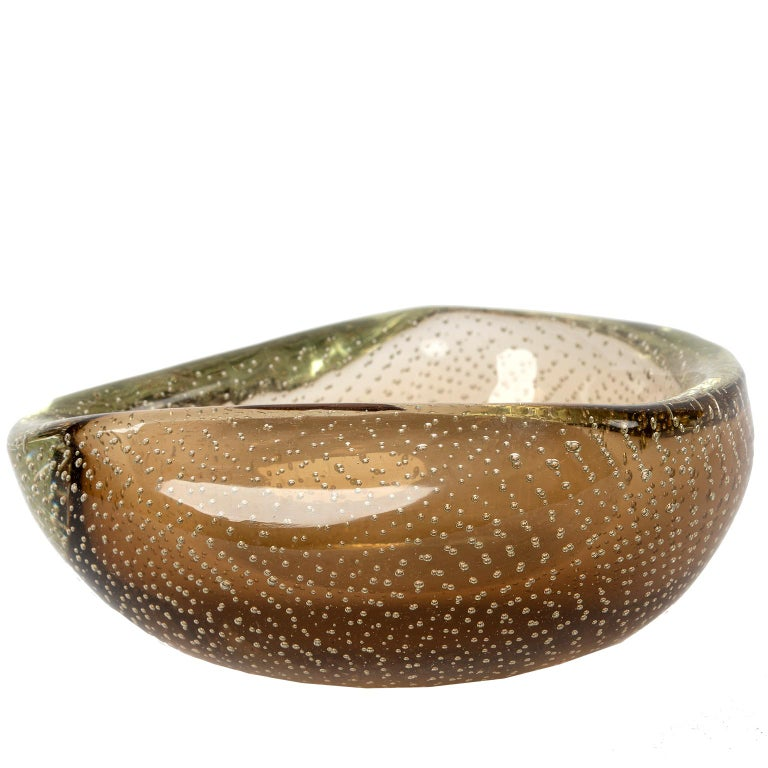 Murano Glass Bowl, Italy, 1960 In Good Condition For Sale In Toronto, ON
