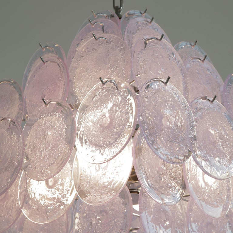 Murano Glass Chandelier with Lavender Coloured Glass Disks In New Condition For Sale In Berlin, Berlin