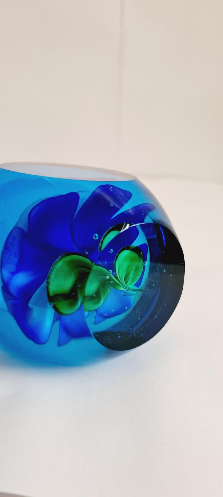 Art Nouveau Murano Glass Faceted Paperweight, Archimede Seguso For Sale