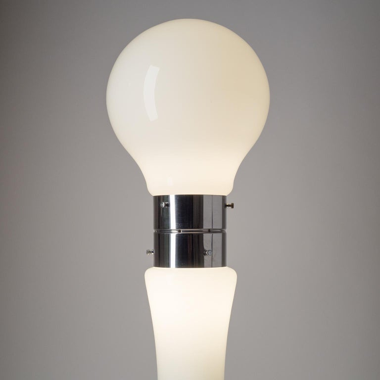 Murano Glass Floor Lamp by Mazzega, 1960s In Good Condition For Sale In Vienna, AT
