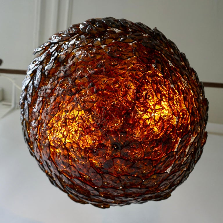 Decorative and rare Mid-Century Modern Italian flush mount ceiling fixture or wall lamp from circa 1960s. Manufactured by Barovier & Toso, Italy. 