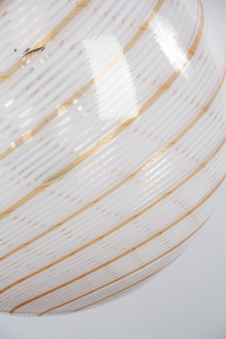 Murano Glass Globe Pendant by Venini, 1970s For Sale 3