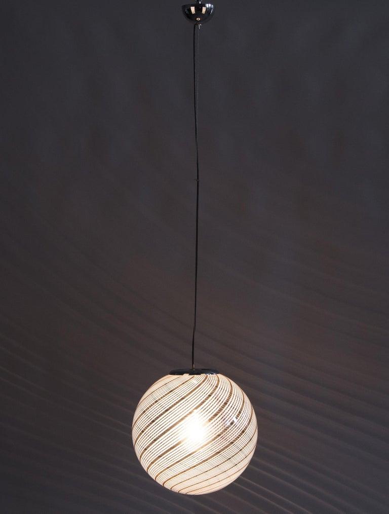 Murano Glass Globe Pendant by Venini, 1970s For Sale 4