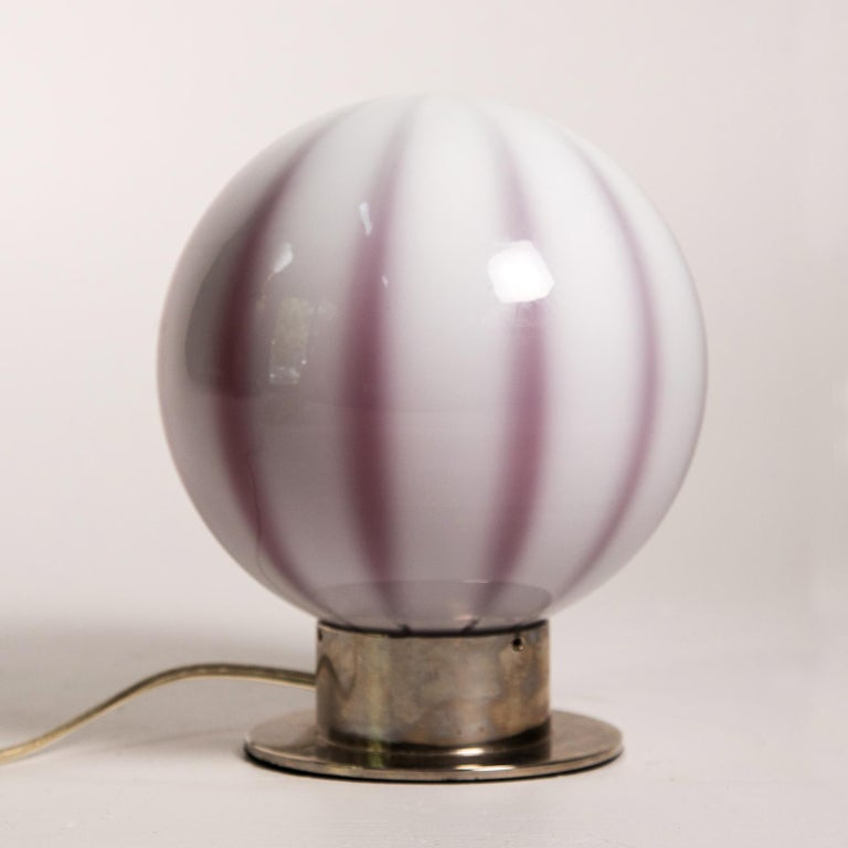 Modern Murano Glass Globe Shaped Table Lamp Made In Italy For Sale