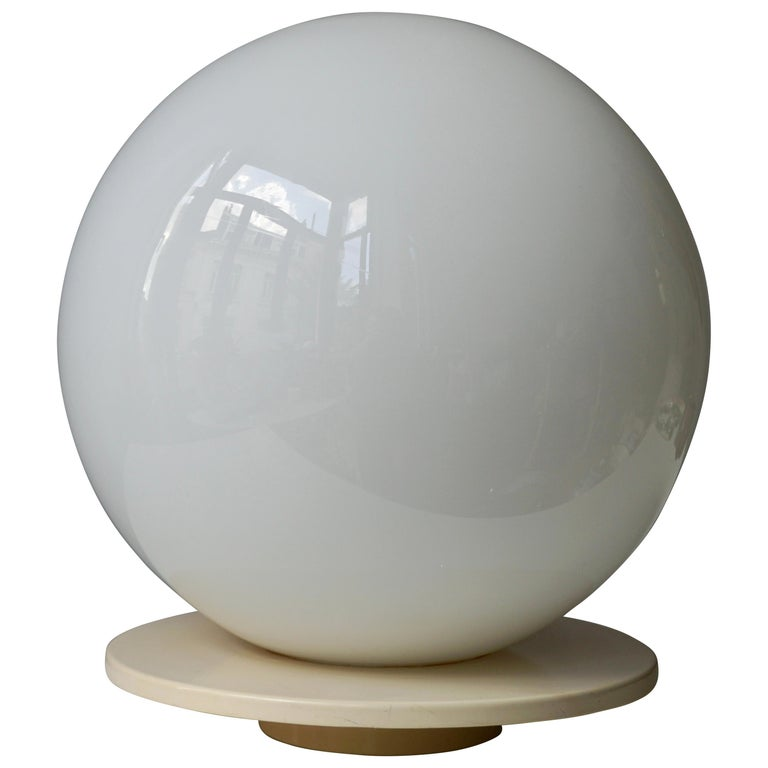 Murano Glass Globe Shaped Table Lamp Made in Italy For Sale