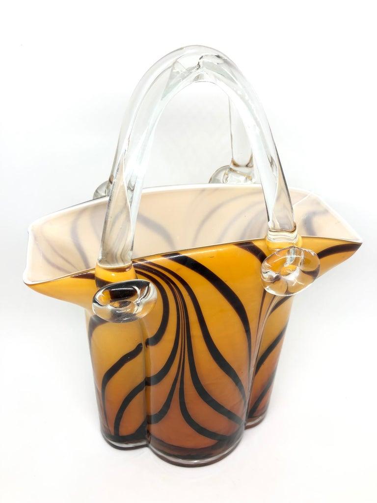 Mid-Century Modern Murano Glass Handbag Vase Sommerso Vintage, Italy, 1960s For Sale