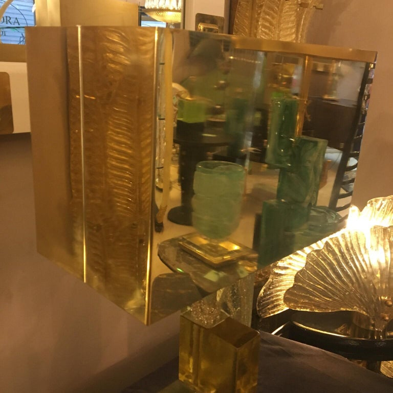 Murano Glass Lamp Clear Glass Infused with Gold Flecks, Brass Lampshade, 1970s For Sale 9