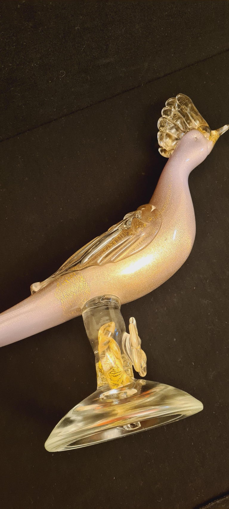 Mid-Century Murano Glass Pink Opaline Bird with Gold Leaf For Sale 1