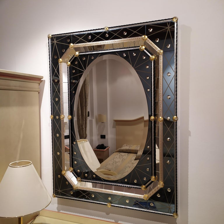 Italian Murano Glass Mirror with Polished Bubbles Engraving on Steel-Colored Mirror For Sale