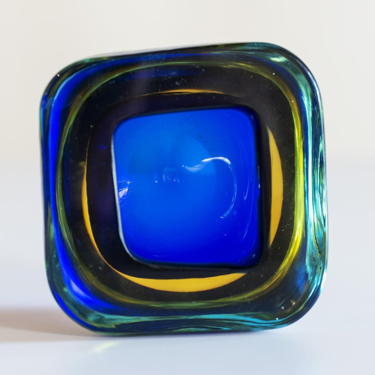 Italian Murano Glass Sommerso Square Bowl in Blue and Yellow, 1960s For Sale