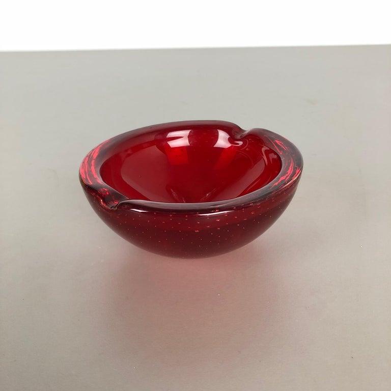 Article:  Murano glass bowl, ashtray element   Origin:  Murano, Italy   Producer:  Seguso Dalla Venezia (SDV) see label sticker.   Decade:  1970s    This original vintage glass bowl element, ash tray was produced in the 1970s in