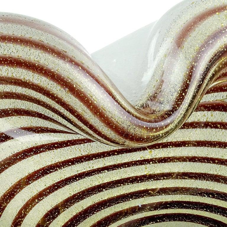 Mid-Century Modern Murano Gold Flecks Optic Swirl Pulegoso Bubbles Italian Art Glass Dish Bowl For Sale