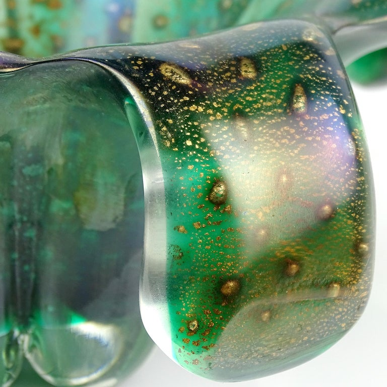 Hand-Crafted Murano Green Iridescent Gold Flecks Bubbles Italian Art Glass Centerpiece Bowl For Sale