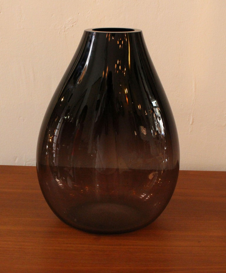 Italian Murano Hand Blown Glass Vase For Sale