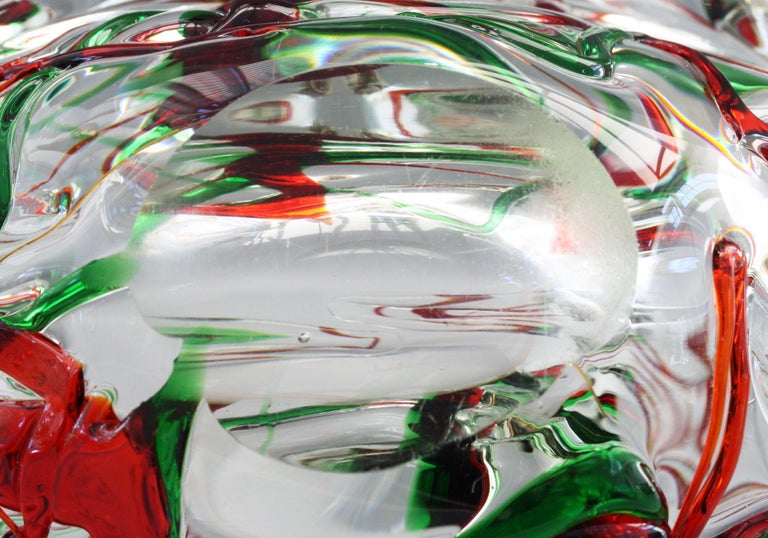 Murano Italian Midcentury Art Glass Bowl with Red and Green Trailed Designs For Sale 7
