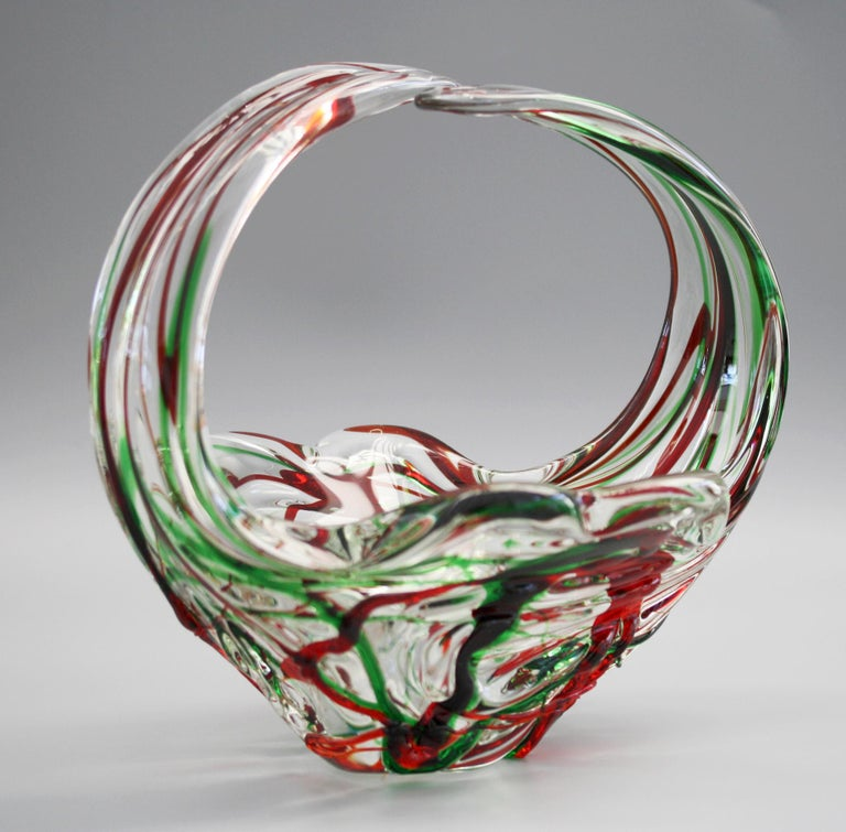 Murano Italian Midcentury Art Glass Bowl with Red and Green Trailed Designs For Sale 8