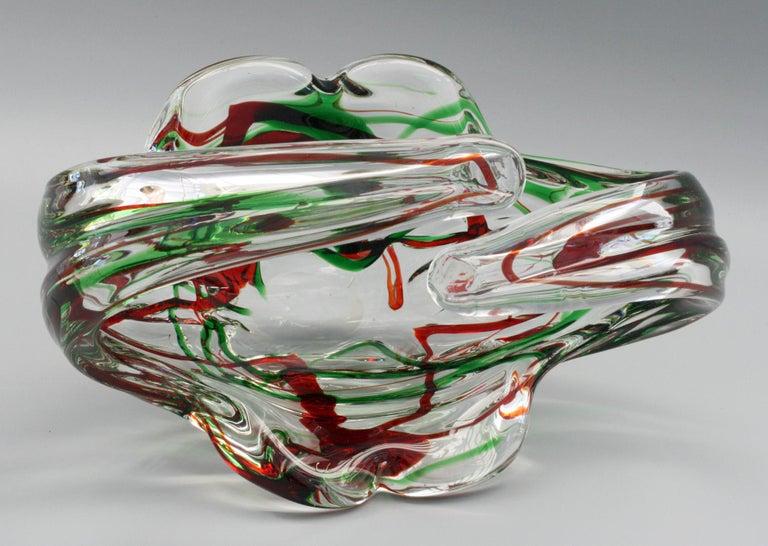 Murano Italian Midcentury Art Glass Bowl with Red and Green Trailed Designs In Good Condition For Sale In Bishop's Stortford, Hertfordshire