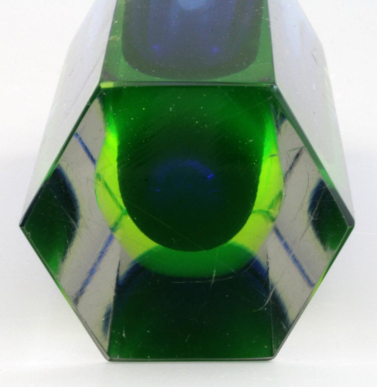 Art Glass Murano Italian Sommerso Halo Blue and Uranium Hexagonal Cut Glass Vase For Sale
